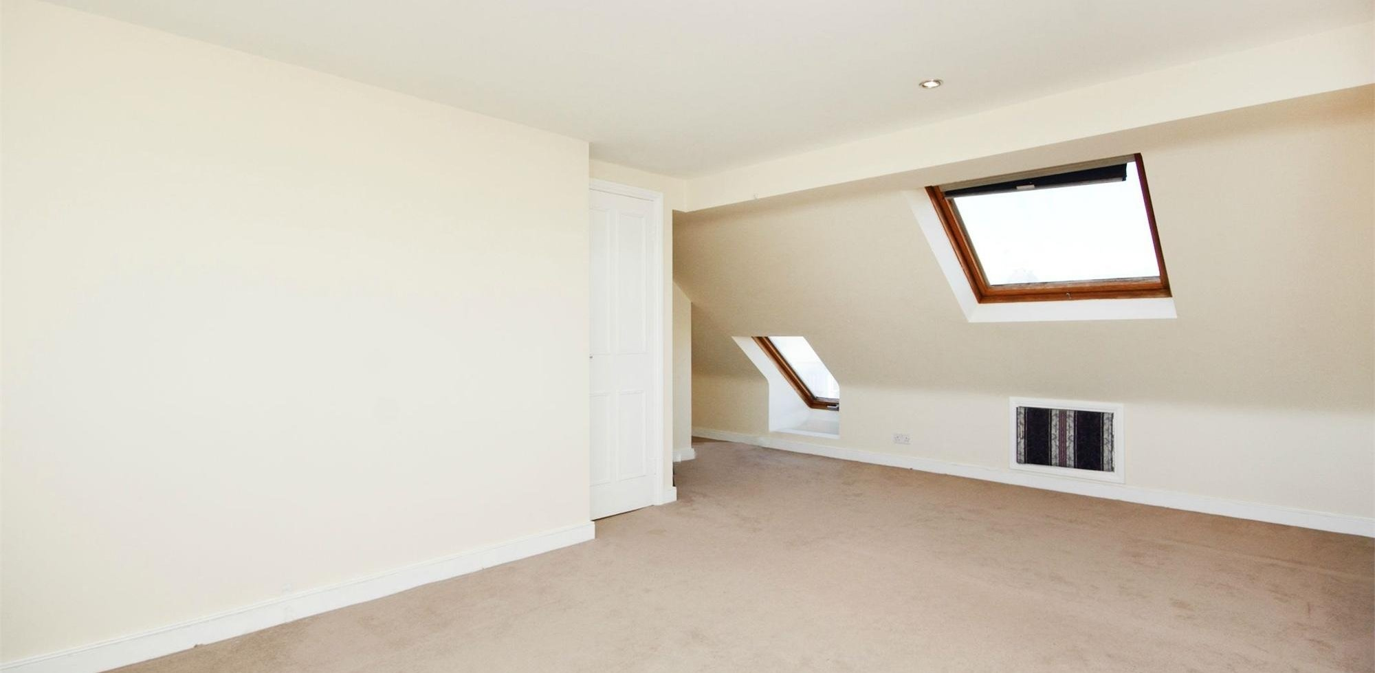 Private Landlords With Room For Rent In  Area