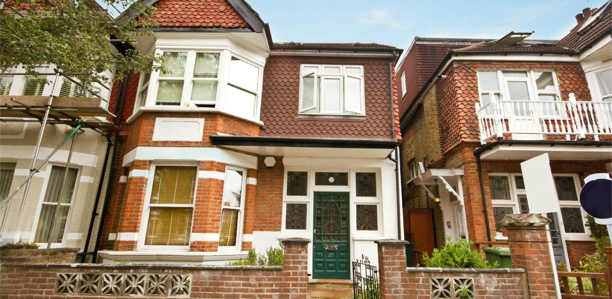 House To Rent in King Edwards Gardens, Acton, W3