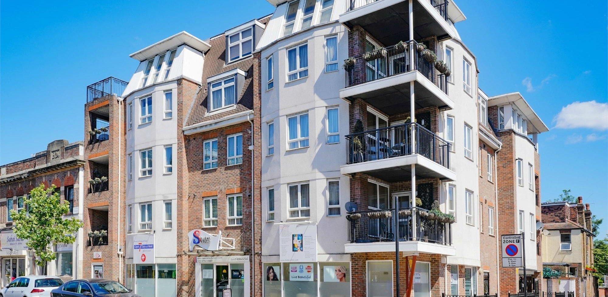 Flat To Rent in Park West Apartments, Uxbridge Road, LONDON